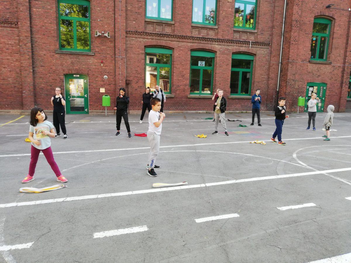 Training Schulhof Josefschule